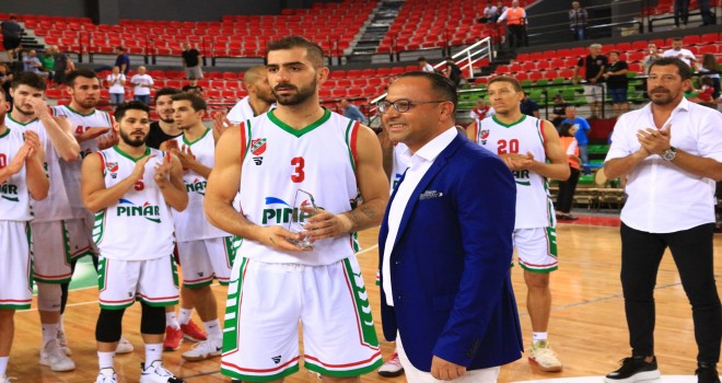 Pınar'ın Kupası Pınar'da kaldı...