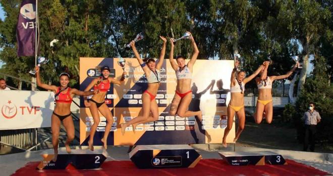 Kadınlarda Rusya, Erkeklerde Slovenya şampiyon