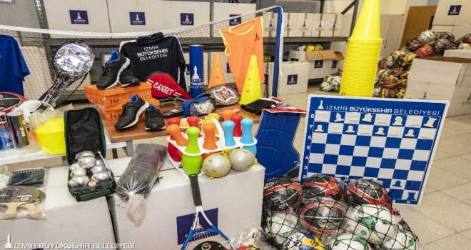 Büyükşehir'den 240 amatör spor kulübüne  malzeme desteği