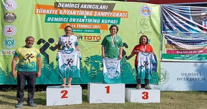 Bostanlısporlu Gülşeker tek başına 3 madalya kazandı