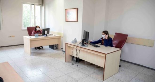 Dokuz Eylül Üniversitesi Covid-19 İzlem Merkezi kurdu