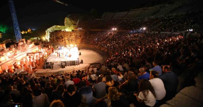 Efes Antik Tiyatro'da Carmen büyüsü