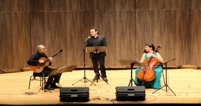 Trio Anka Grubu'ndan Akdeniz ve Latin aşk şarkıları