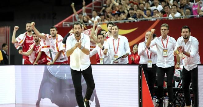 Pınar Karşıyaka, Sarıca ile gururlandı