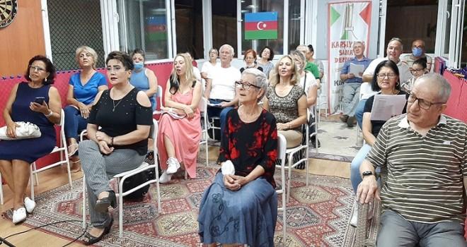 Azerbaycan'a destek şarkılarla geldi…