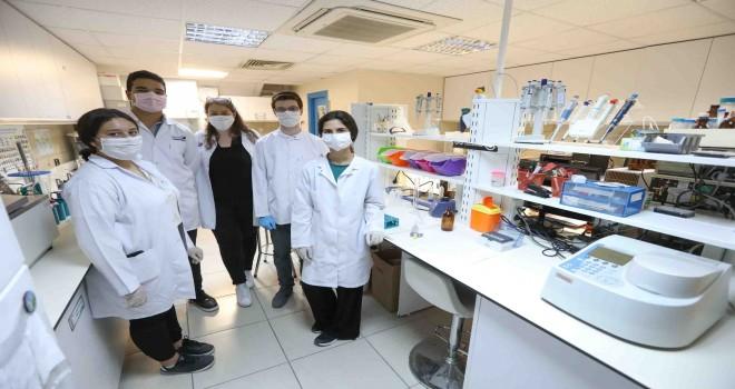 Buca'nın gençleri Türkiye'yi bilimle zirveye taşıdı