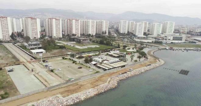 Mavişehir'deki kıyı projesinde yoğun çalışma