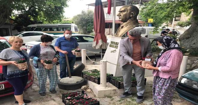 İzmir Büyükşehir Belediyesi'nden Anneler Günü sürprizi
