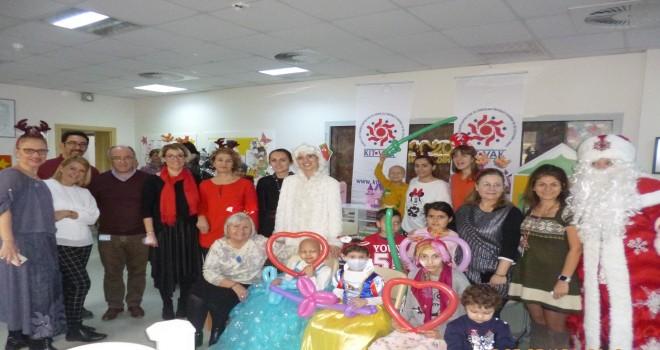 Kitvak'tan neşe dolu yeni yıl kutlaması