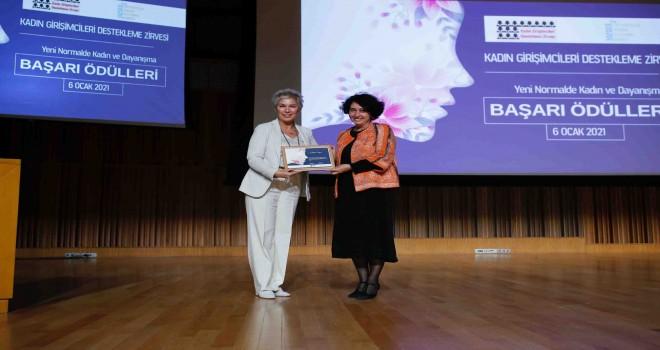 Neptün Soyer'e Dayanışmacı Girişimcilik Ödülü