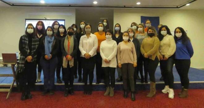 Pandeminin etkilerine karşı kadın çalışanlara eğitim