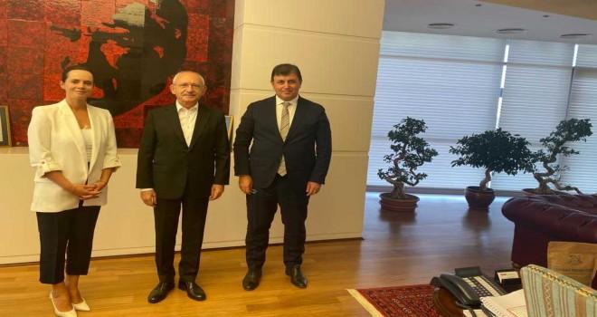 Başkan Tugay'dan Kılıçdaroğlu'na yangın ve yatırım raporu