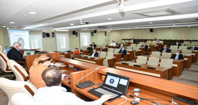 Başkan Selvitopu meclis üyelerini bilgilendirdi