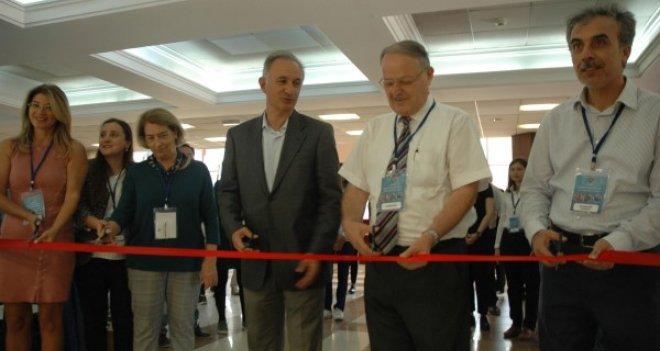 AKM'de TÜBİTAK Üniversite Proje Yarışmaları İzmir Bölge Sergisi açıldı