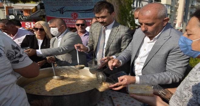 MHP Karşıyaka Aşure Günü düzenledi
