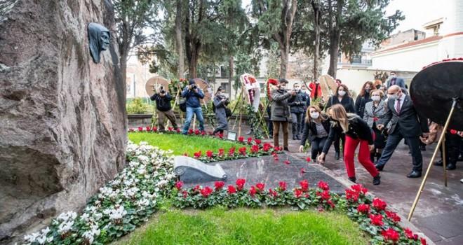 CHP Kadın Kolları Zübeyde Hanım'ı andı