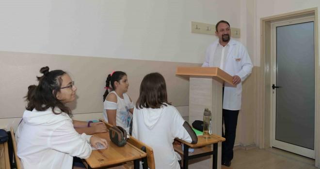 Üniversite adayları için Çiğli Belediyesi ve Yaşar Üniversitesi iş birliği