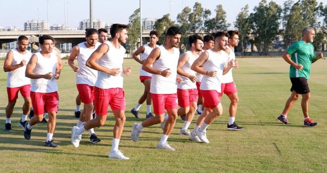 Karşıyaka'da gençler forma için savaşacak