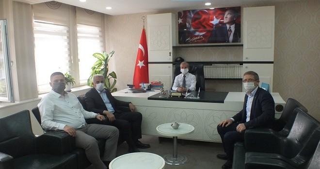 MHP Karşıyaka Müftü Gürler'i ziyaret etti