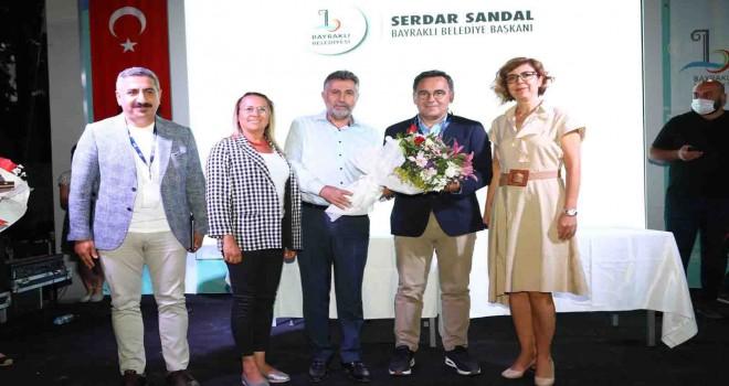 Bayraklı Belediyesi İEF'de Zeyrek ve Fırat'a ev sahipliği haptı