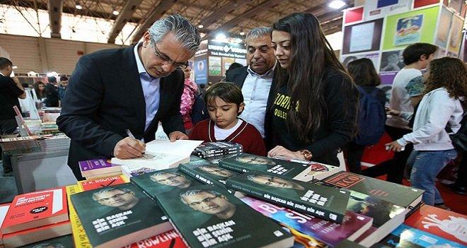 Başkan Akpınar Marmaris'te kitabını imzalayacak...