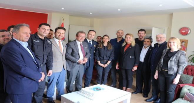 Çiftçioğlu'ndan Polis Haftası jesti