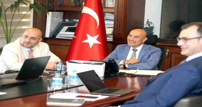 Başkan Soyer: En önemli görevim kötü günde yurttaşlarımın yanında olmak