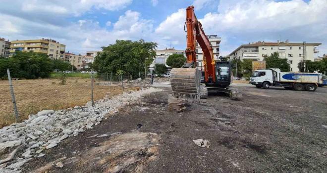 Karşıyaka'da Alzheimer Merkezi inşaatı başladı