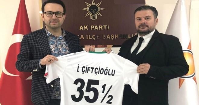 İYİ Partili Berber, AK Parti İlçe Başkanı'nı ziyaret etti
