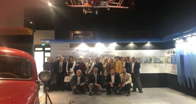 Bostanlı Rotary'den APİKAM'a anlamlı ziyaret