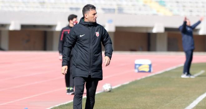 Cezayir: Üst üste 3 veya 4 galibiyet bizi Play-Off'a taşır