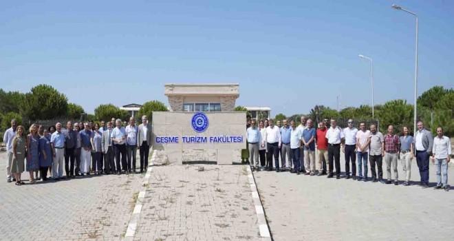 Çeşme Turizm Fakültesi  İngilizce eğitime geçiyor