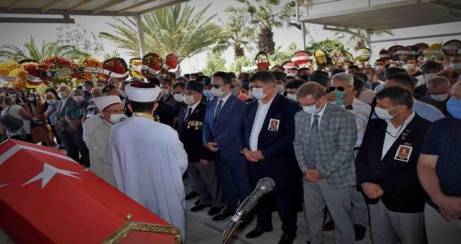 Başkan Tugay'ın babası son yolculuğuna uğurlandı