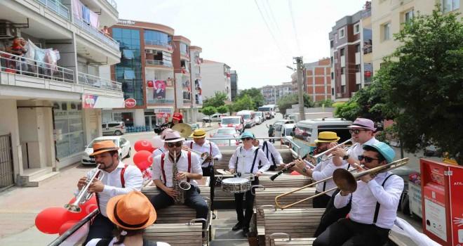 Menderes'te renkli 19 Mayıs etkinliği