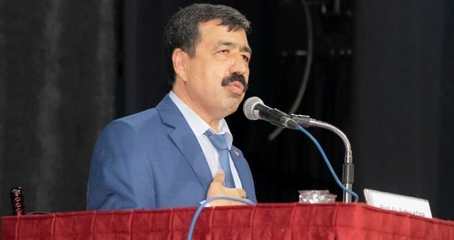 Katip Çelebi Üniversitesi Rektörü: Dini istismar edenlere itibar edilmemesi gerekir