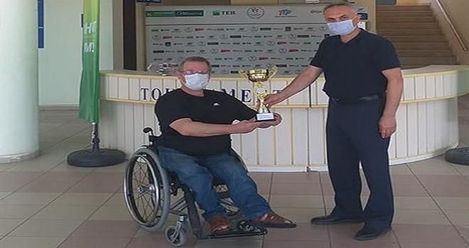 Osman Ertöz'den bir şampiyonluk daha...