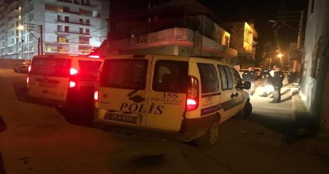 Karşıyaka'da pompalı tüfekli saldırı