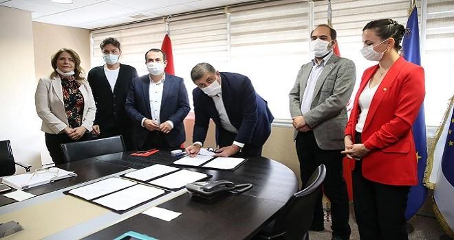 Karşıyaka Belediyesi ile TMMOB Çevre Mühendisleri Odası protokol imzaladı