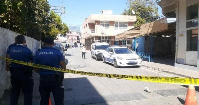 Karşıyaka'daki silahlı kavgada 2 kişi yaralandı