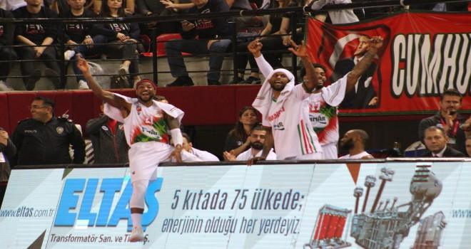 Pınar Karşıyaka'nın Avrupa Kupası maçları ertelendi