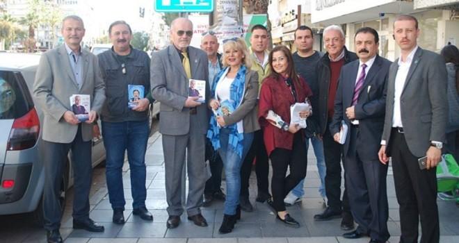 İYİ Parti Belediye Meclisi adayları Bostanlı'yı karış karış gezdi