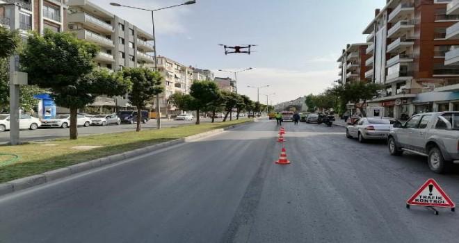 Karşıyaka'da dron destekli trafik denetimi