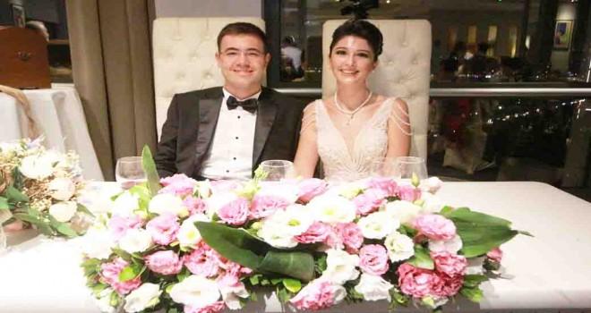 Tıbbiyede başlayan arkadaşlıkları nikahla taçlandı
