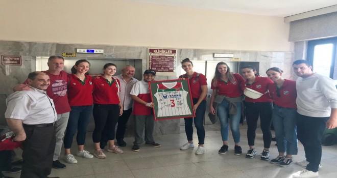 KSK Voleybol'dan tedavi gören Şahin'e ziyaret