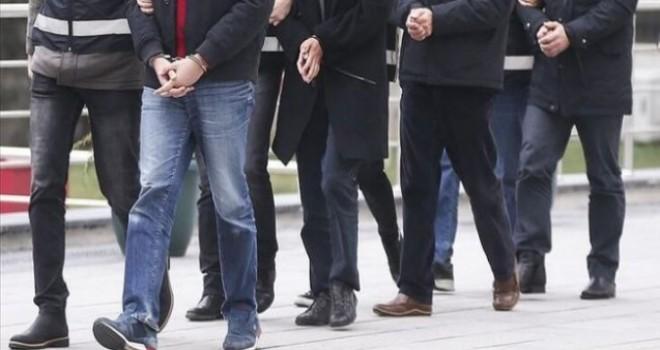 Karşıyaka ve Konak'ta dolandırıcılık yapan 10 kişi tutuklandı