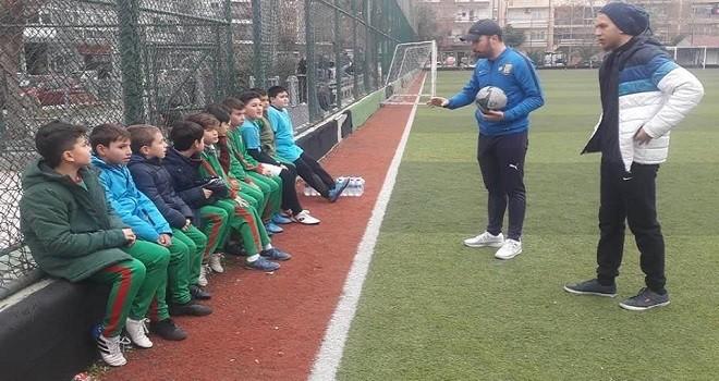 Bostanlıspor U 11 futbol takımı hazırlıklarını sürdürüyor