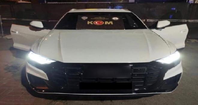 Karşıyaka'da gümrük kaçağı otomobil ele geçirildi