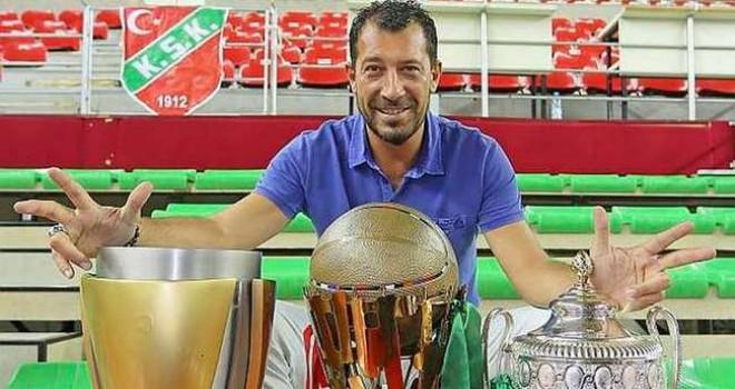 Ufuk Sarıca 500.resmi maçına çıktı