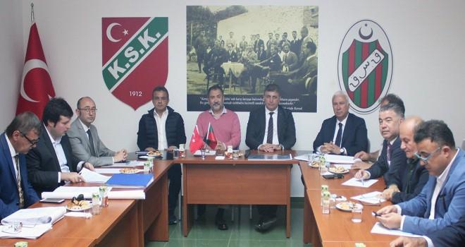 Başkan Tugay, Karşıyaka Spor Kulübü'nü ziyaret etti