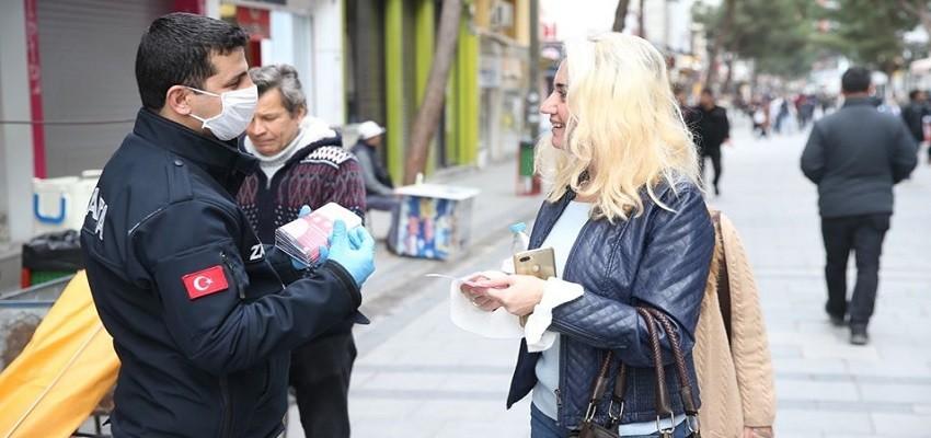 Karşıyaka Belediyesi'nden sokağa çıkma uyarısı
